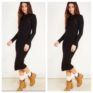 JUST IN Turtle Neck Midi